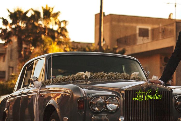 Decoración bodas coche de la novia