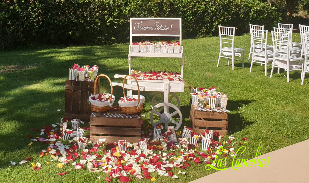 Decoración floral de exteriores en tu boda